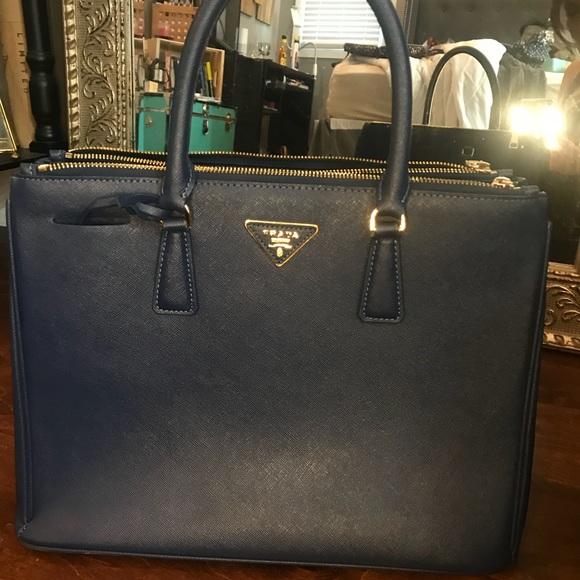 bf087b40564 Prada galleria saffiano blue leather tote. M_5b6ef5c39fe486b904d20b42